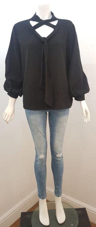 NB Avenue – Tie/ Bow Blouse – Black