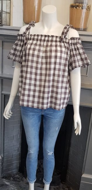 Great Plains – Gingham Print Peasant Blouse – Taupe & White