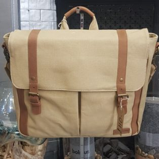 Forbes & Lewis – Wiltshire Messenger Canvas Bag – Sand & Tan