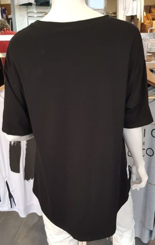 Brushstroke T.Shirt with Zip – Black with white.