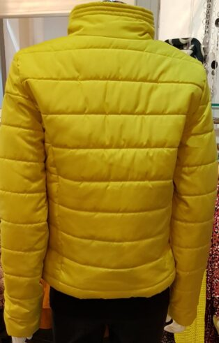 Vero Moda – Simone Padded Short Jacket