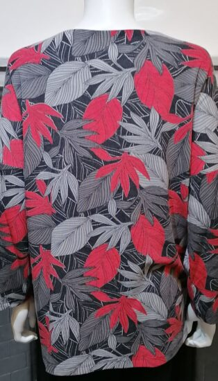 Pomodoro – Leaf Two Pocket Tunic – Red & Grey Print