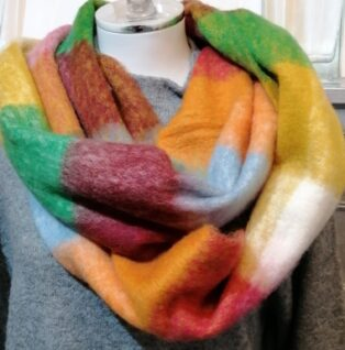 Reevo – Large Check Scarf -Pink & Multi Colours
