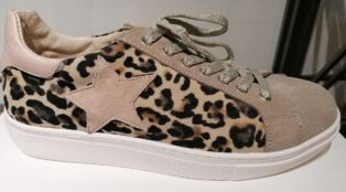 Reqins – Animal Print Trainer – Beige/Chair