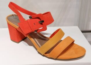 Marco Tozzi – Suede Sandals – Fire Comb
