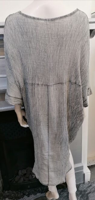 Diverse – Hayley Crinkle Long Batwing Tunic – Grey