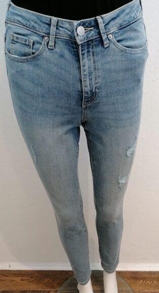 Vero Moda – Sophia High Waist Distressed Skinny Jeans 32″Leg – Light Blue